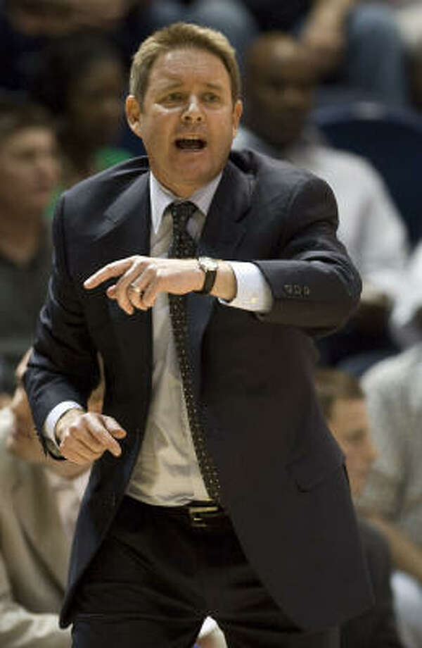 Rice basketball coach Ben Braun will try to improve on the 10-22 record compiled in his first season. Photo: James Nielsen, Houston Chronicle