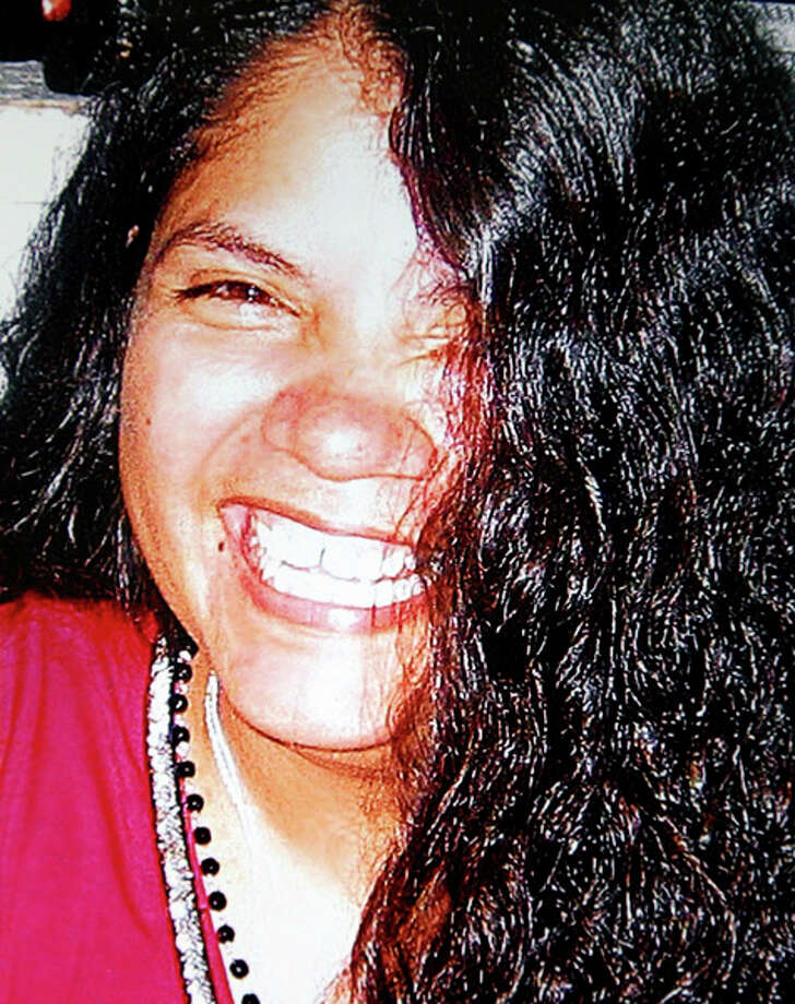 Matilde Perez, 39, died in a car crash Sunday on the South Side. Sabrina Perez described her mother as a free spirit, a woman who loved to dance, laugh and work with her hands. Photo: EDWARD A. ORNELAS