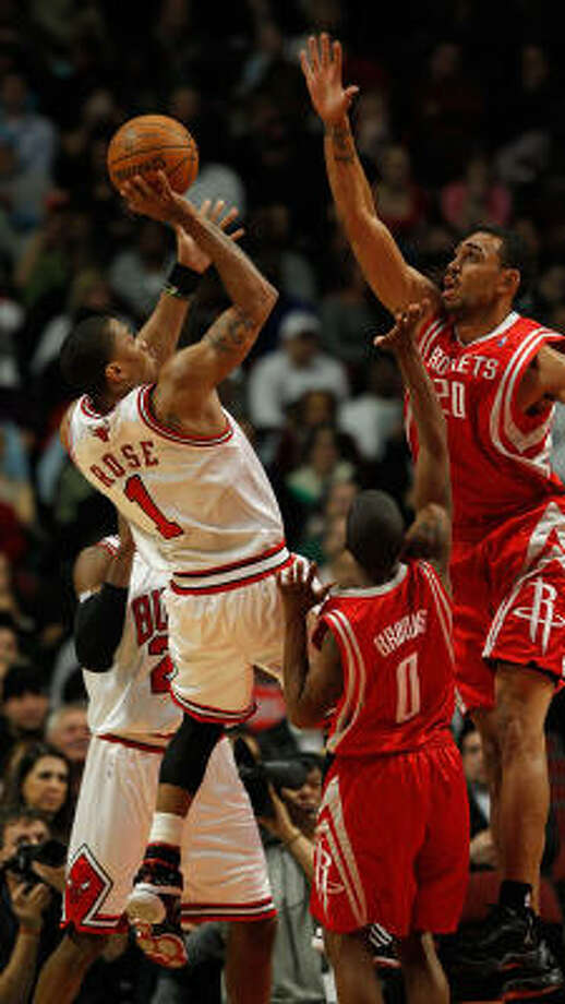 Bulls point guard Derrick Rose lead both teams in scoring with 27 points. Photo: Jonathan Daniel, Getty Images
