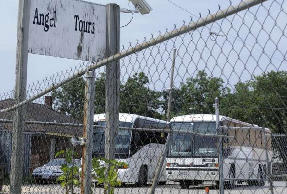 Federal safety officials Monday ordered Iguala BusMex and Angel Tours Inc. to cease commercial operations while last week's fatal accident in North Texas is investigated.