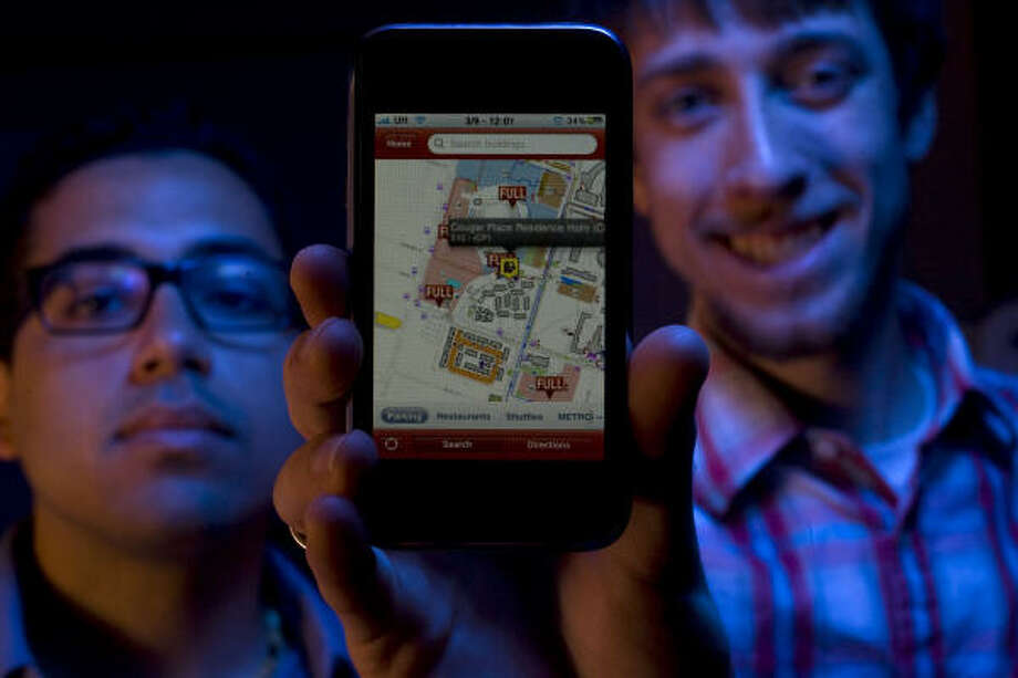 University of Houston students Andre Navarro, left, and Kaleb Fulgham founded Squirrel Hero to create a mobile college guide. The app locates where a user is on a campus map and flags such things as restaurants, bus stops and parking lots. Photo: Johnny Hanson:, Chronicle