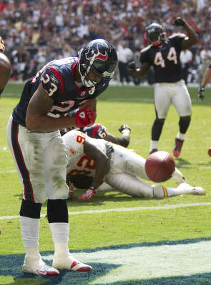 Running back Arian Foster has been a major bright spot for the 4-2 Texans. Photo: Brett Coomer, Chronicle