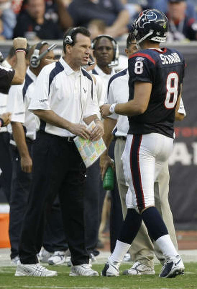 Gary Kubiak, left, will look to veterans like Matt Schaub to salvage the Texans' season and see if they can win enough games to avoid a coaching change. Photo: Brett Coomer, Chronicle