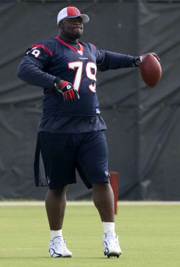While Texans defensive lineman Frank Okam proved he had pass-rush ability in college, his main objective with the Texans is to be a run-stopper in the middle of the line, something the Texans lack. Photo: Brett Coomer, Houston Chronicle