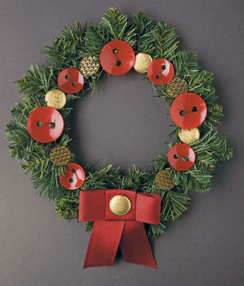 Button wreath Photo: Zach DeSart And Burcu Avsar, Taunton Press