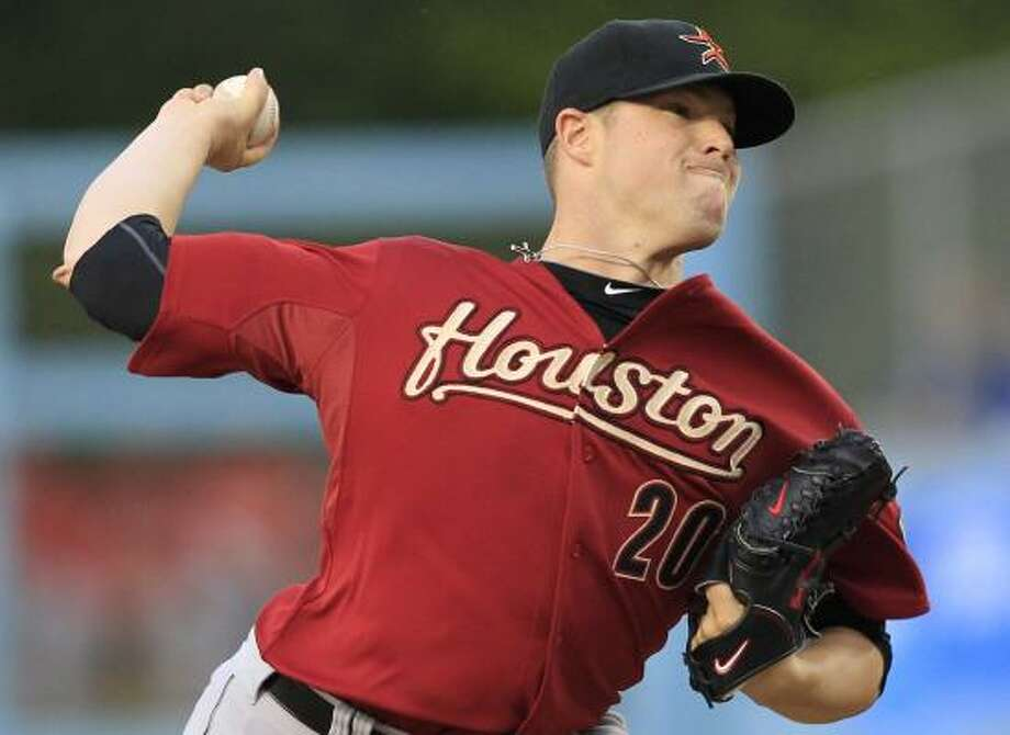 Astros starter Bud Norris surrendered six runs in his 4 1/3 innings against the Dodgers. Photo: Danny Moloshok, AP
