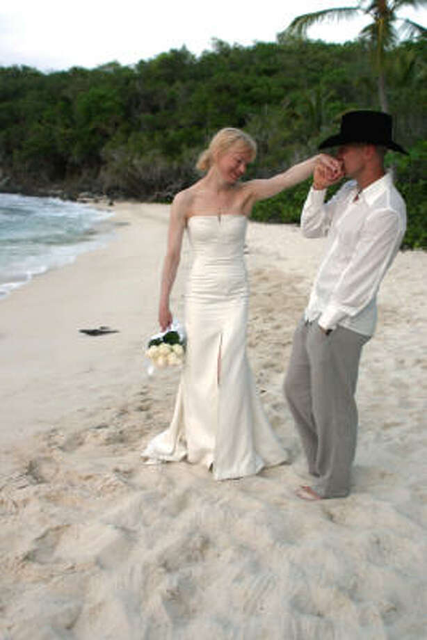 Kenny Chesney married actress Renee Zellweger on the beach in Cruz Bay on St.John in the U.S. Virgin Islands in May 2005. The couple was divorced in less than a year. Photo: Associated Press