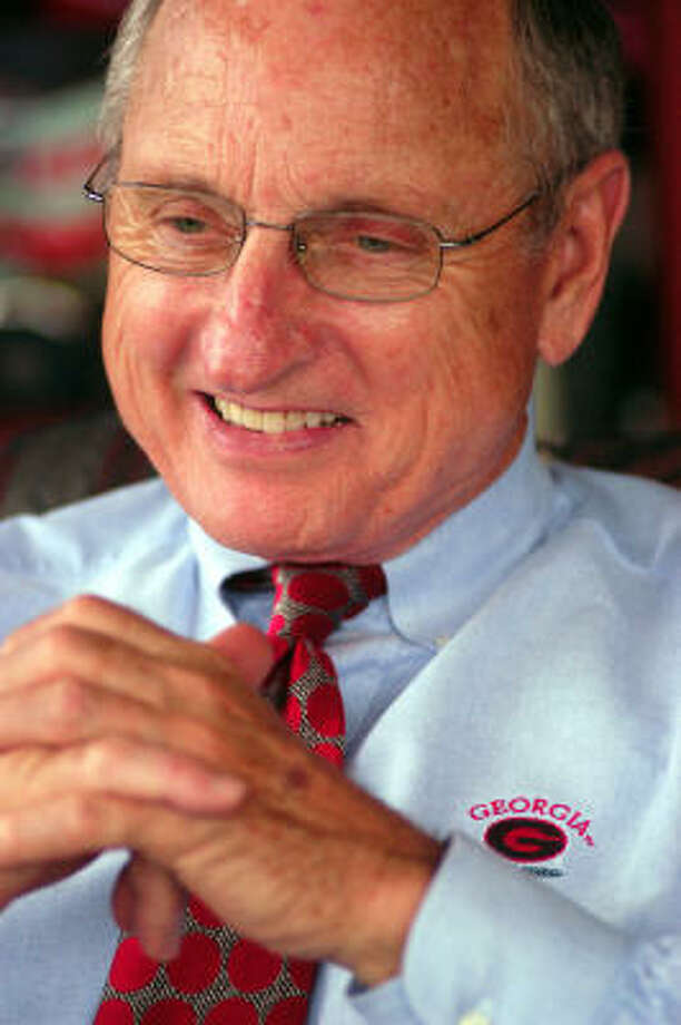 Vince Dooley will be honored tonight as the Bryant Lifetime Achievement Recipient. Photo: MATT POTH, AP