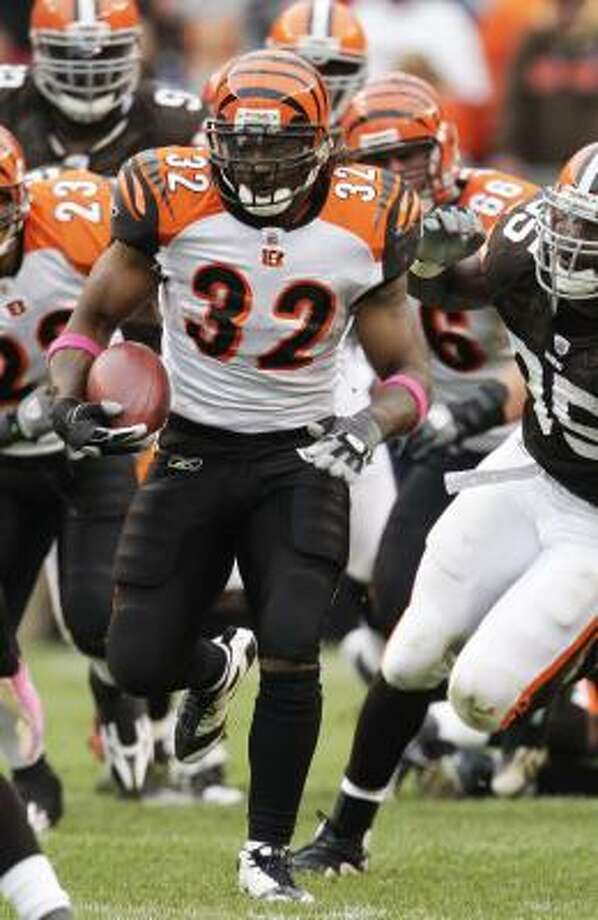 With Cedric Benson leading the NFL in rushing and Cincinnati on a 4-0 roll, he's starting to look like the bargain of the young century. Photo: Tony Dejak, AP
