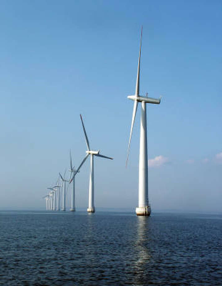 OFFSHORE: Offshore wind power is a growing source of energy, which will lead to more jobs in the field. Photo: Wolfgang Reiss - Fotolia