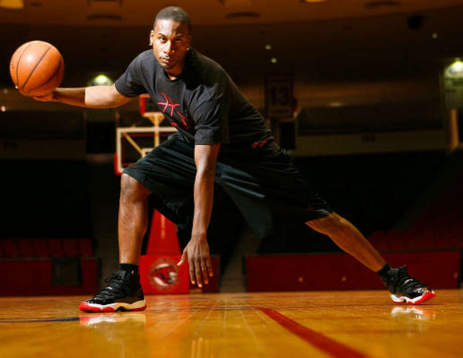 Former Hightower and UH basketball player Lanny Smith has encountered some bumps along the road. Photo: Nick De La Torre, Chronicle