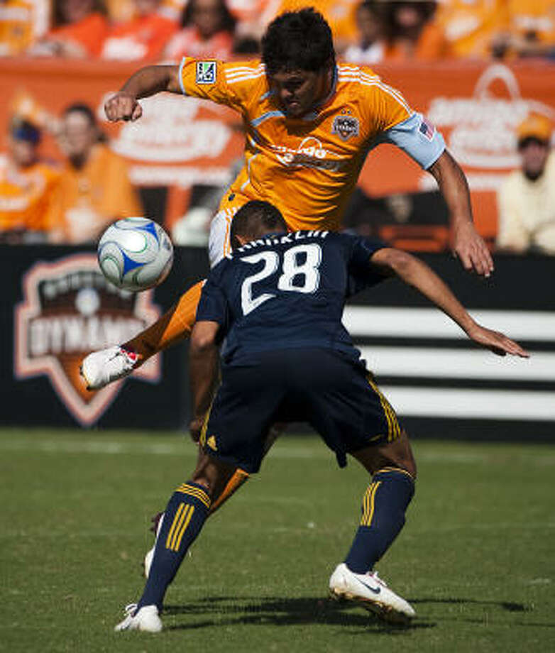 Landin wasn't expected to play in the Dynamo's scrimmage against Central Florida on Tuesday or the New York Red Bulls on Thursday at Disney's Wide World of Sports. Photo: Smiley N. Pool, Houston Chronicle