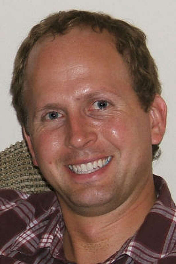Chris Lackey, 39, died during the flight to a hospital in Anchorage. Photo: Contributed Photo