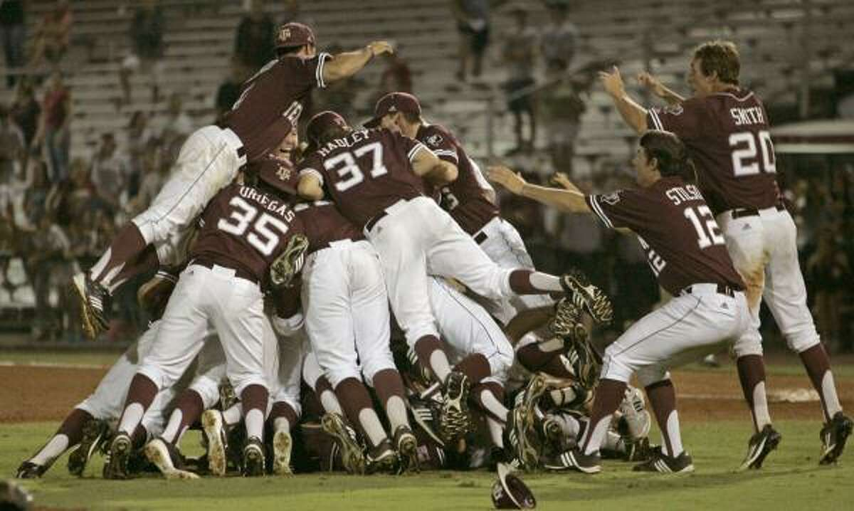 Tallahassee Super Regional Game 3: Texas A&M 11, Florida State 2 (A&M wins series 2-1) A&M players form a dogpile as they celebrate the victory.