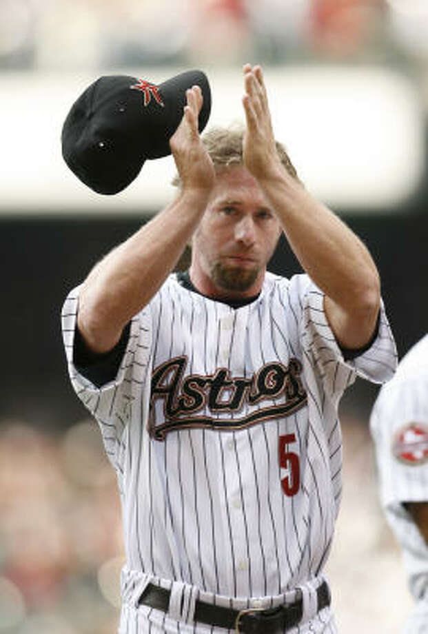 Bagwell's number will be the ninth retired by the Astros and first since Jimmy Wynn's No. 24 on June 25, 2005. Photo: KAREN WARREN, Chronicle