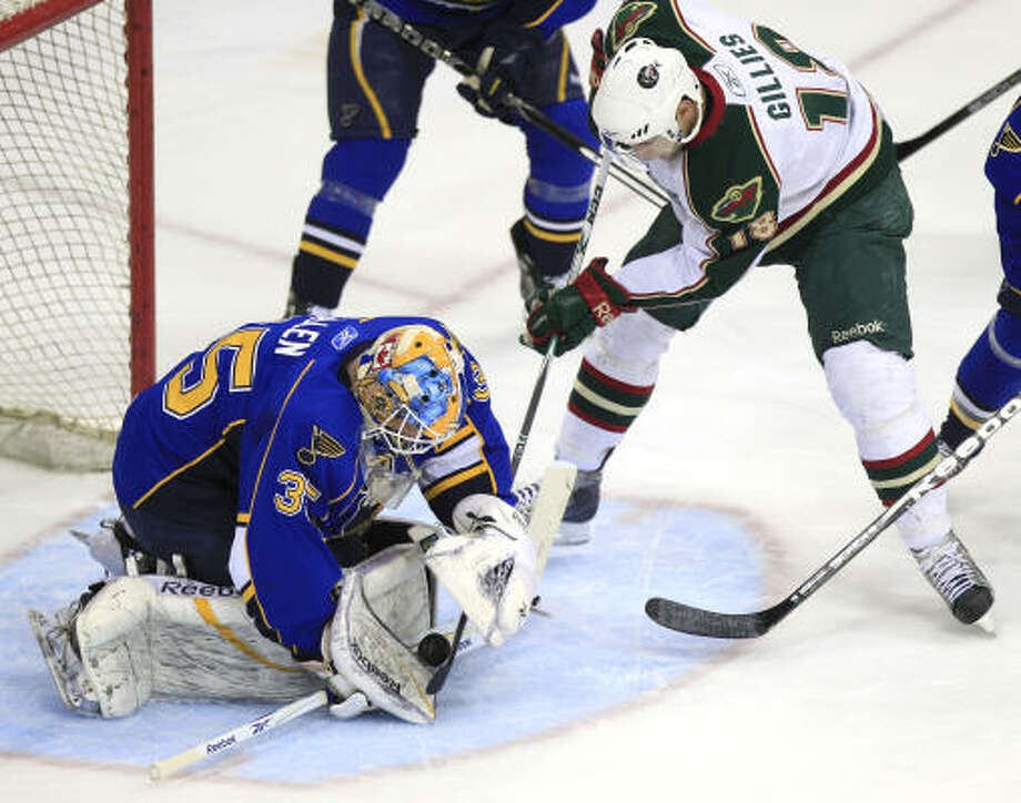 Game 2: Aeros 3, Rivermen 2Peoria Rivermen Goalie Jake Allen (35) reaches down to block a shot by Aeros left wing Colton Gillies (18). Photo: Brett Coomer, Houston Chronicle