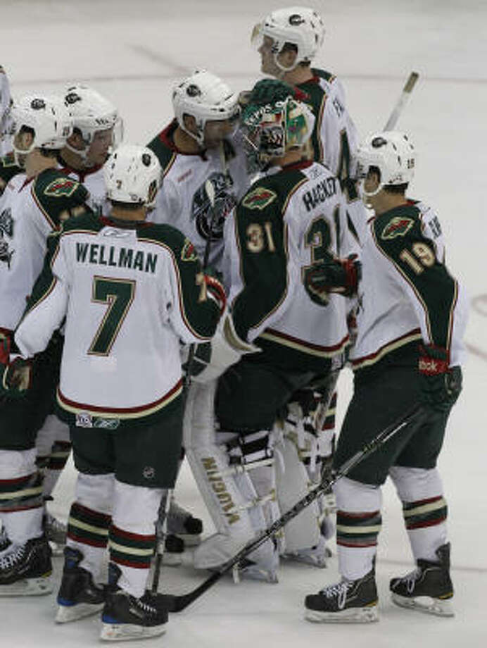 The Aeros celebrate after defeating the Peoria Rivermen. Photo: Cody Duty, Chronicle