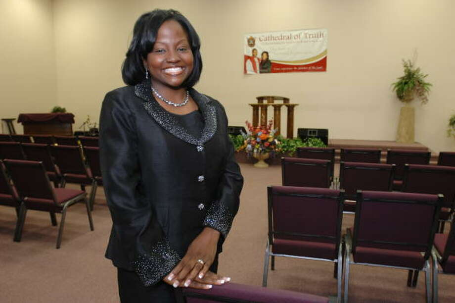 Connie Stewart, founder and editor in chief of First Lady, said 50.000 copies of the issue featuring televangelist Juanita Bynum were distributed nationwide. Photo: Thomas Nguyen, For The Chronicle