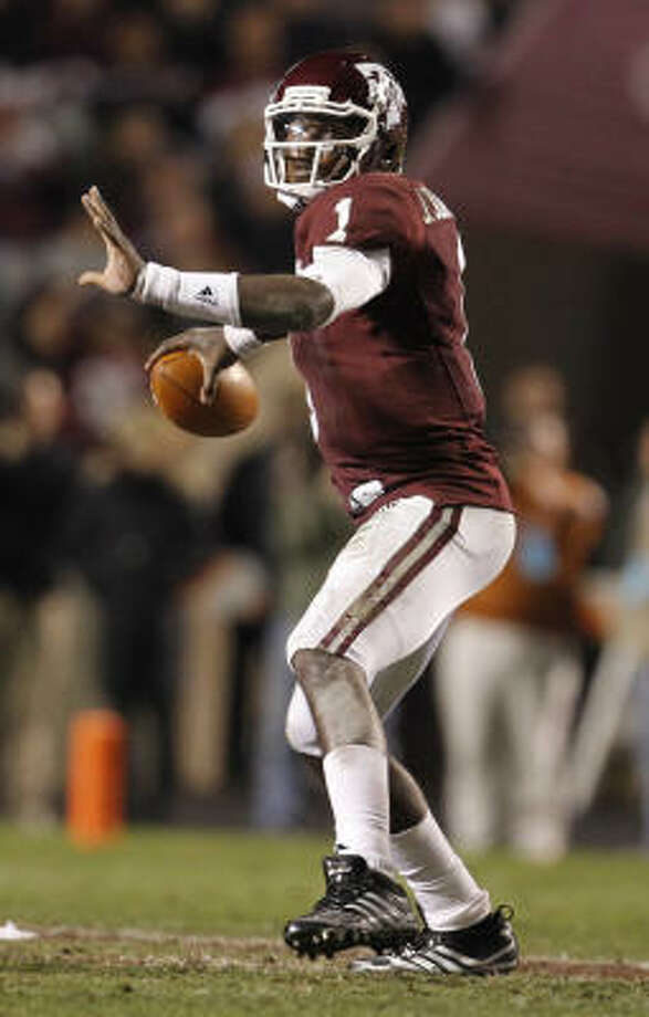 A&M junior quarterback Jerrod Johnson thrust his name into consideration for next year's Heisman. Photo: Karen Warren, Chronicle