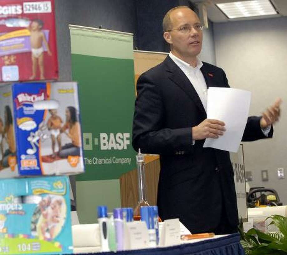 Markus Kramer, president of BASF's functional polymers division, discusses products made with the company's super-absorbent polymers. Photo: KIM CHRISTENSEN PHOTOS, FOR THE CHRONICLE