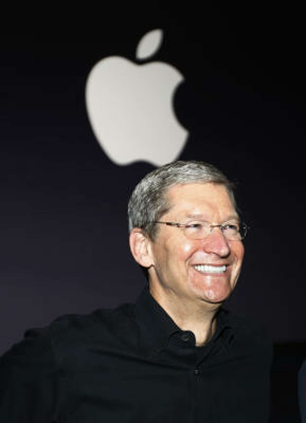 #1. Tim Cook, COO/Acting CEO of Apple