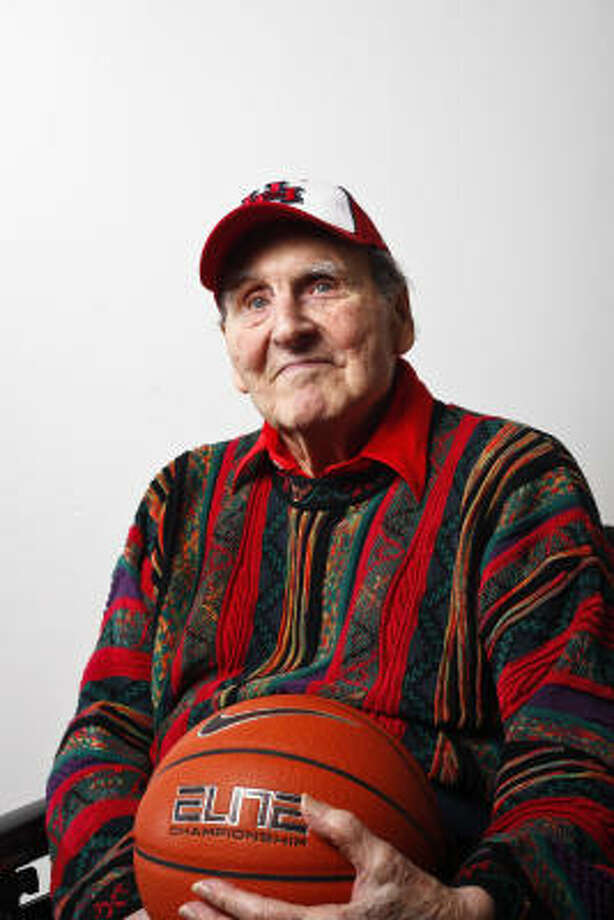 Guy V. LewisLewis coached the Cougars from 1956-86, going 592-279 in 30 seasons. He also led UH to five Final Fours, including three straight from 1982-84. Photo: Michael Paulsen, Chronicle