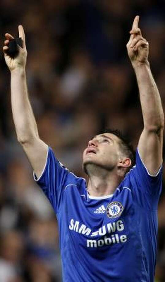 It was appropriate for Frank Lampard, whose mother passed away recently, to look skyward after scoring the decisive goal for Chelsea on Wednesday. Photo: ADRIAN DENNIS, AFP/GETTY