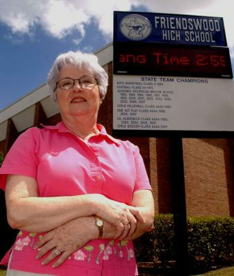 Marge Feaster's teaching career began 44 years ago in New York and ended when the last school bell rang for the spring semester at Friendswood High School. Photo: JIMMY LOYD, FOR THE CHRONICLE