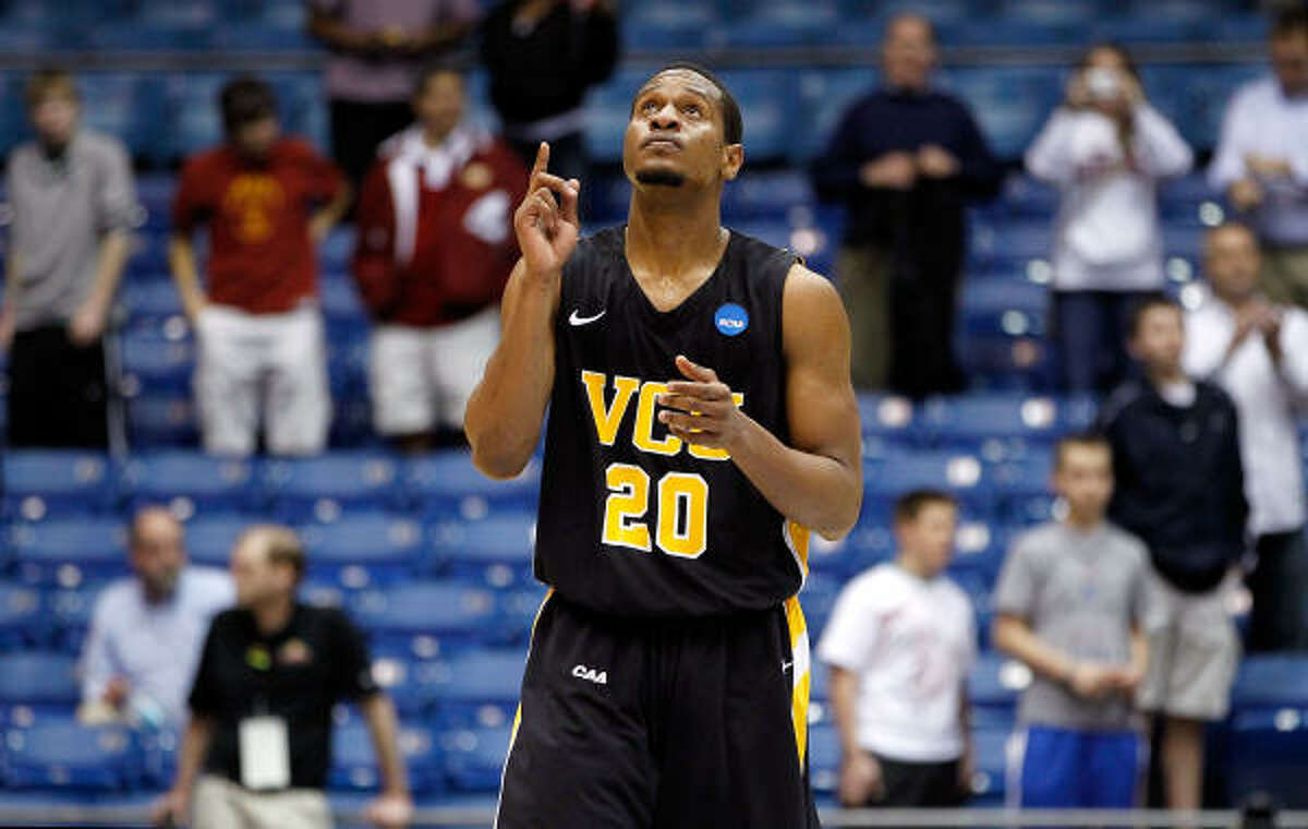 VCU 59, USC 46 Bradford Burgess and 11th-seeded VCU will face sixth-seeded Georgetown after beating USC in Wednesday night's play-in game in Dayton, Ohio.
