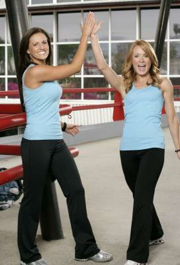 Best friends Kelly Crabb, left, and Christy Cook, both 26, compete in CBS' The Amazing Race, premiering at 8 p.m. on Sept. 28. Photo: MONTY BRINTON, ASSOCIATED PRESS/CBS