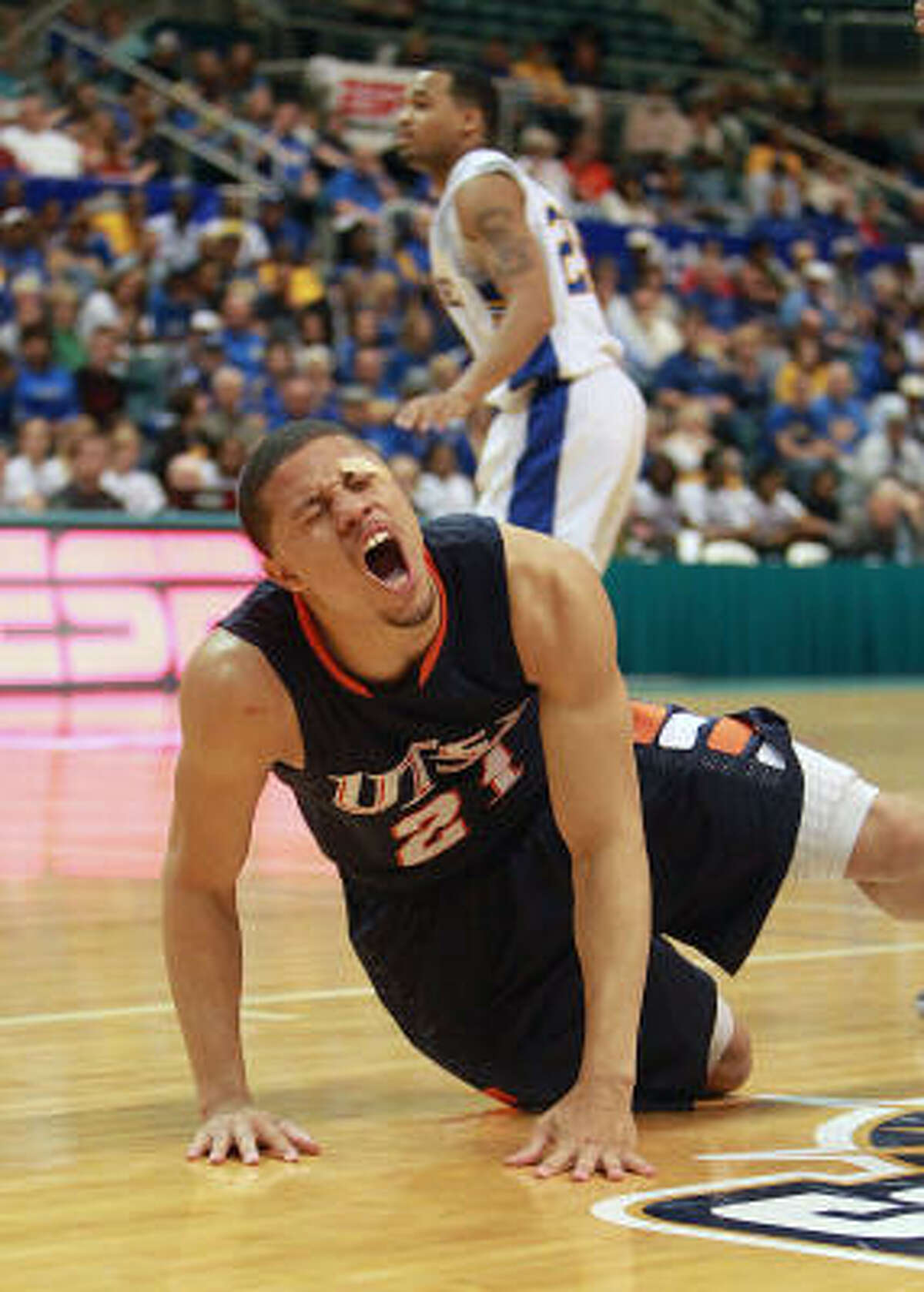 Texas-San Antonio's Devin Gibson reacts after making a shot.