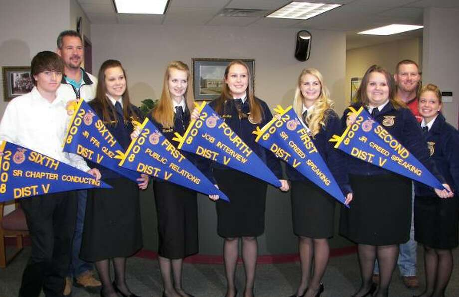 STUDENTS RECOGNIZED: Several Splendora FFA members were recognized at the Nov. 17 school board meeting for their work. They were: Kolton Fields, Ag teacher Mr. Robert Hill, Melinda Harman, Brittany Barnes, Hailey McShan, Katelyn Thornton, Crystal Harman, Ag teacher Mr. Adam Lira, and Brittany Ritchie.