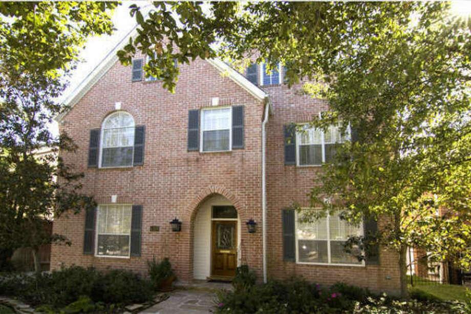 4205 Milton, $799,000Martha Turner PropertiesAgent: Cindy Burns713-520-1981 Main281-630-8865 Direct