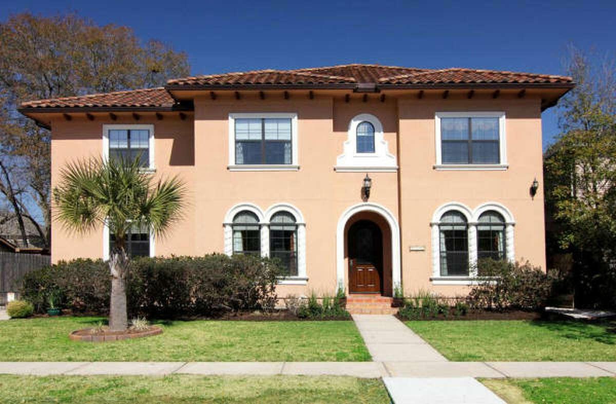 4110 Blue Bonnet Bl, $1,195,000 Martha Turner PropertiesAgent: Victoria Minton713-520-1981 Main713-398-4932 Direct
