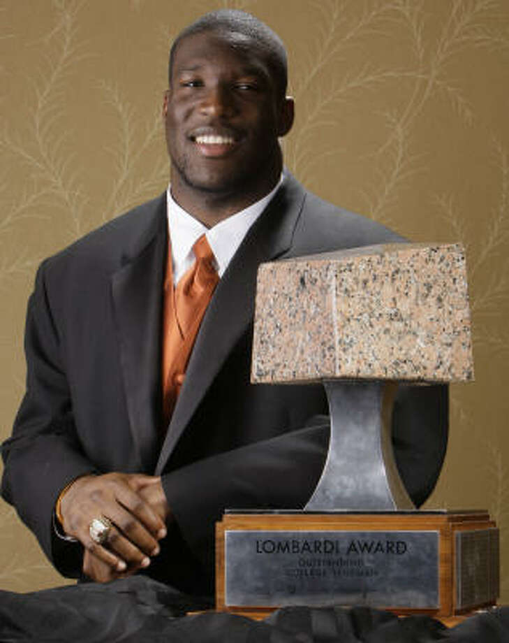 Texas Longhorns defensive end Brian Orakpo won the Lombardi Award at the Hilton of the Americas on Wednesday. Photo: Melissa Phillip, Houston Chronicle