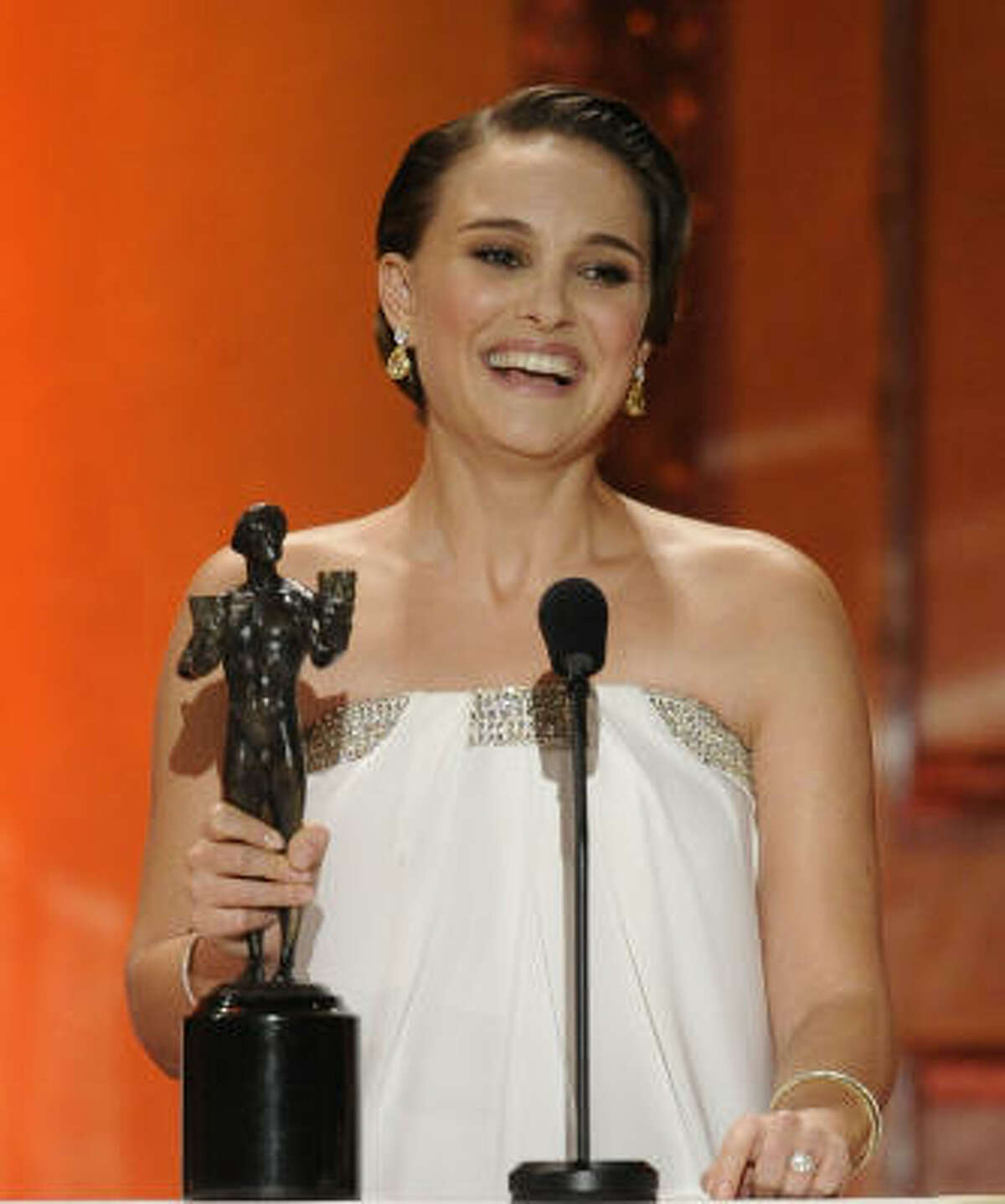 Natalie Portman: winner female actor in a leading role for