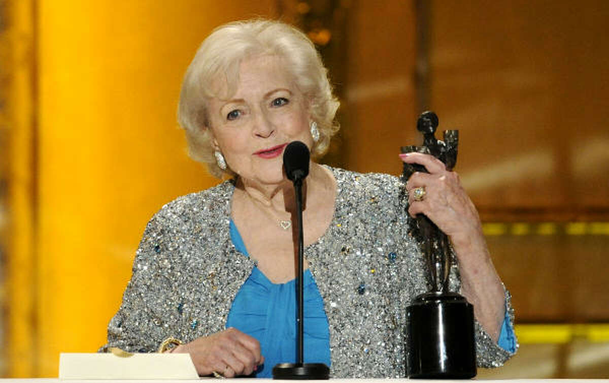 Betty White: winner best female actor in a comedy series for