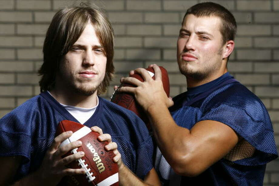 In 2007, the University of Houston incorporated a two-quarterback system featuring Case Keenum, left, and Blake Joseph, under then-coach Art Briles. Keenum's outstanding pocket presence and efficient passing won out in the end over Joseph's stronger arm and running ability. Keenum was named the starter late in the season. Photo: Nick De La Torre, Chronicle