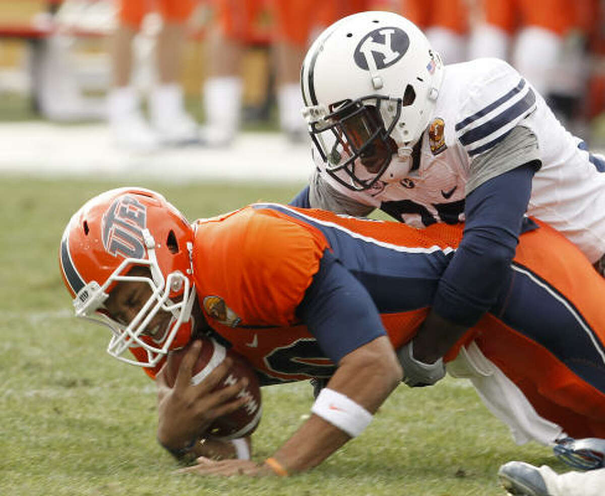 New Mexico Bowl Dec. 18: BYU 52, UTEP 24 UTEP quarterback Trevor Vittatoe threw three touchdowns and three interceptions, and BYU led for the entire game in a Dec. 18 win.