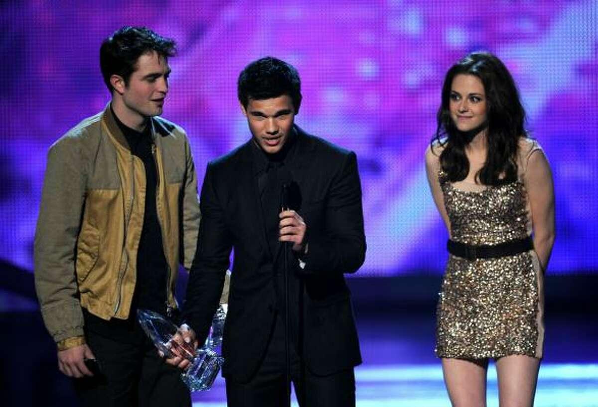 Favorite Movie The Twilight Saga: Eclipse Robert Pattinson, Kristen Stewart and Taylor Lautner accepting