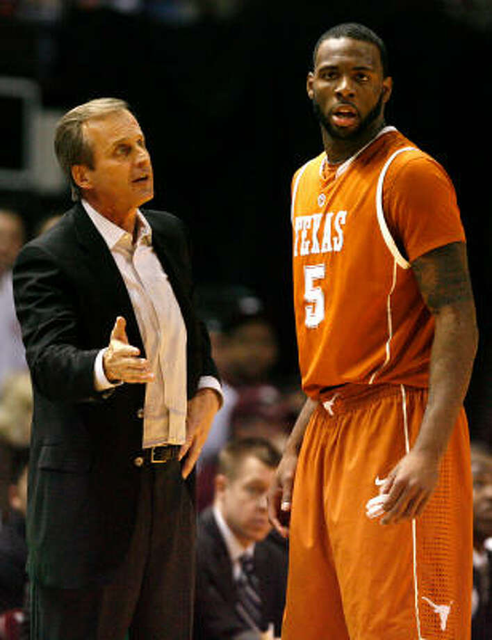 UT coach Rick Barnes, left, won't have the services of Damion James — who is headed to the NBA — next season to help pick up the pieces of an unfulfilled 2009-10. Photo: Nick De La Torre, Chronicle