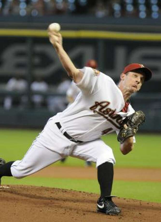 Roy Oswalt struck out eight in his complete game Thursday afternoon. Photo: Pat Sullivan, AP