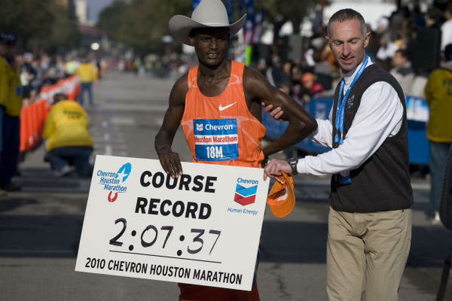 Teshome Gelana, holder of the course record, will not defend his Chevron Houston Marathon title due to visa problems. Photo: James Nielsen, Chronicle