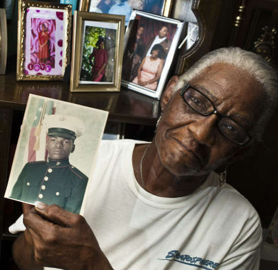 Mary Williams and her family looked for her cousin Kenneth Curlee, who had served in the Marine Corps before he disappeared, off and on for decades without results. Photo: Eric Kayne, Chronicle