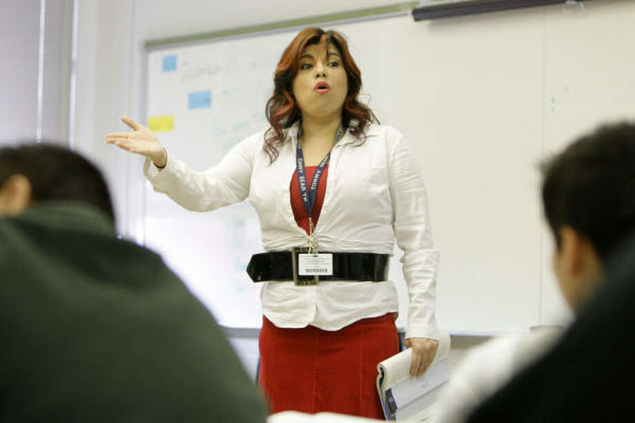 Teacher Cheryl Contreras says she has been facing challenges with some students. Photo: Melissa Phillip, Chronicle
