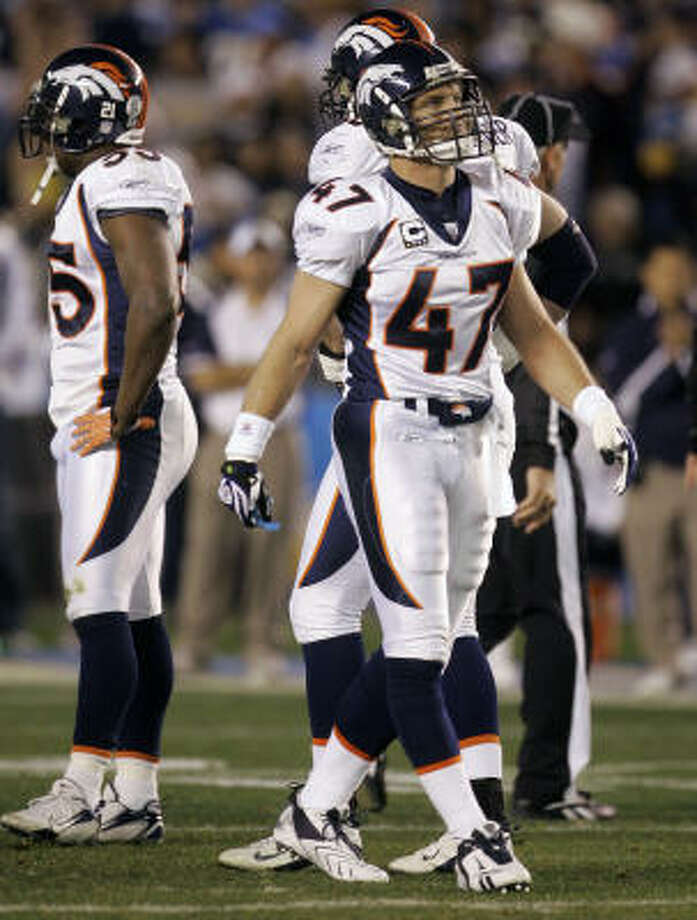 The homecoming in San Diego went poorly for Denver Broncos safety John Lynch, shown here after an unsportsmanlike conduct penalty. Photo: Lenny Ignelzi, AP