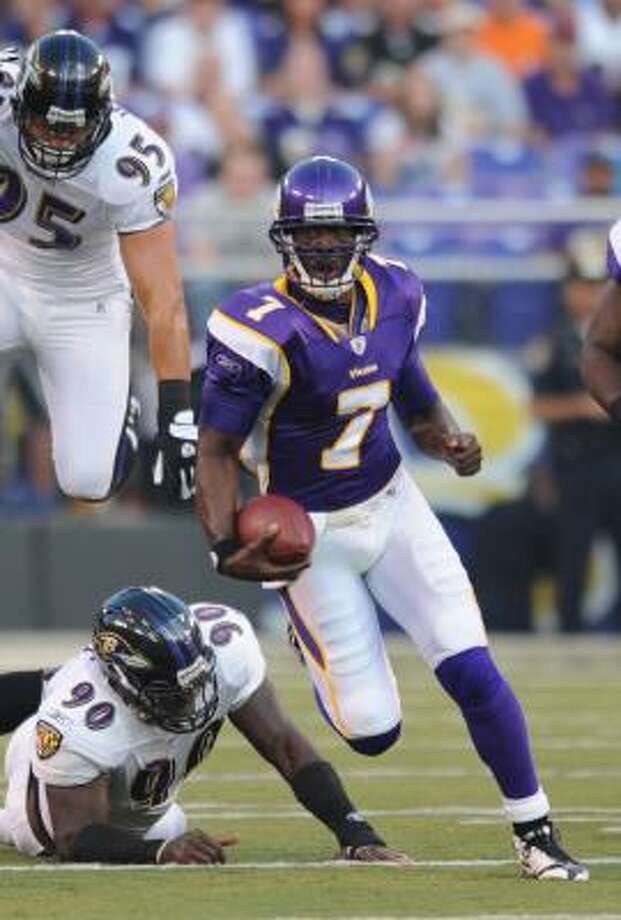 Minnesota Vikings quarterback Tarvaris Jackson should start for injured Gus Frerotte. Photo: Gail Burton, AP