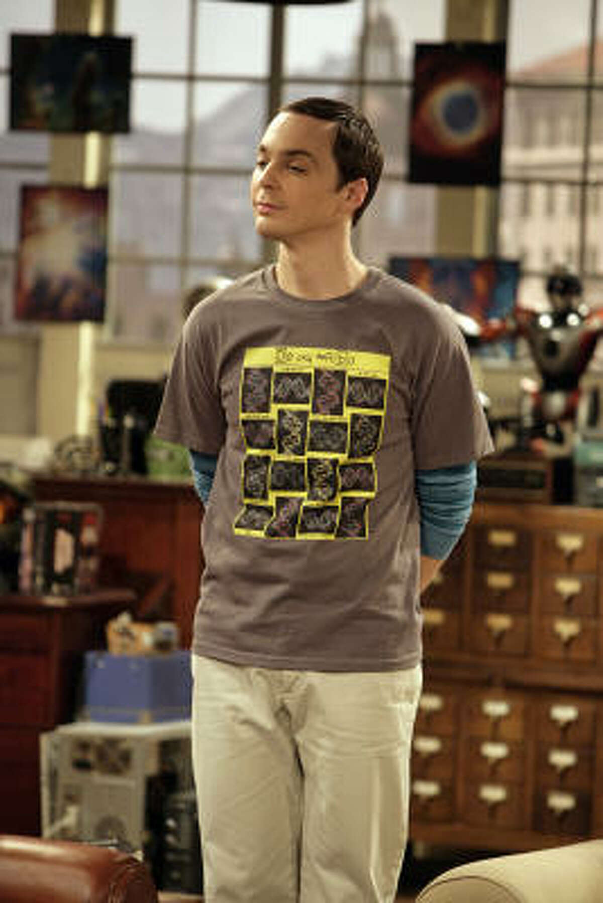 Jim Parsons plays Sheldon Cooper, a neurotic and socially awkward physicist in The Big Bang Theory.