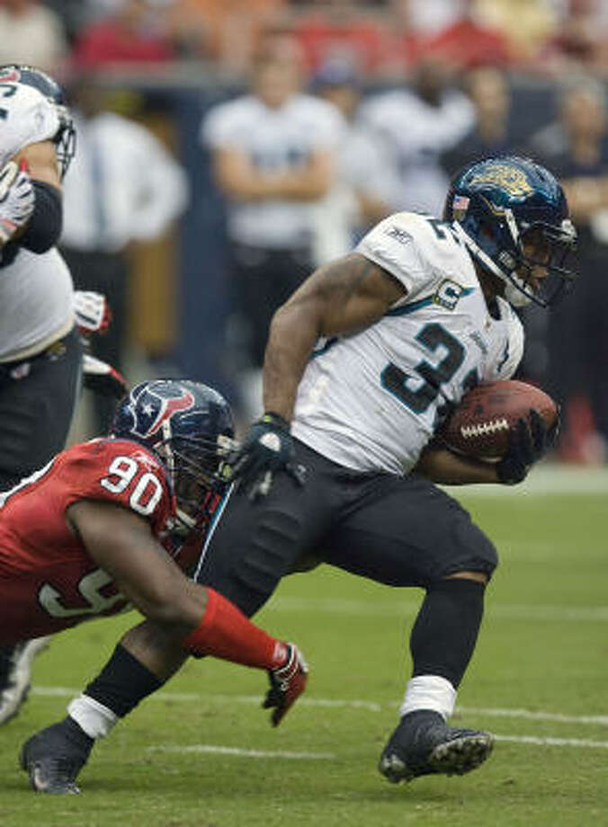 Maurice Jones-Drew's 61-yard scamper in the second quarter was the sixth touchdown of more than 30 yards they've permitted. Photo: James Nielsen, Chronicle