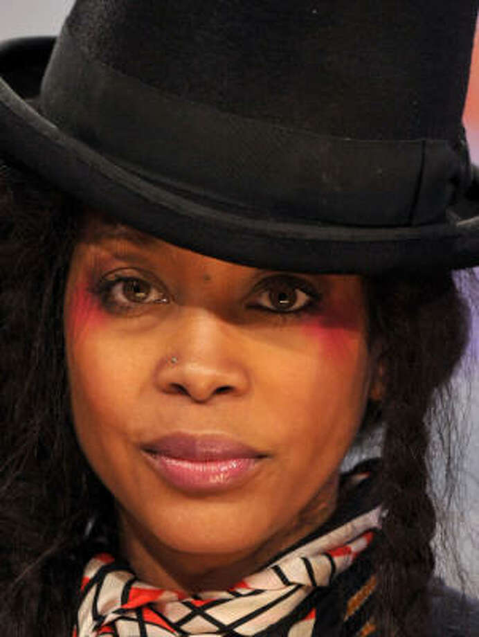 Erykah Badu was charged with disorderly conduct. Photo: Bryan Bedder, Getty Images